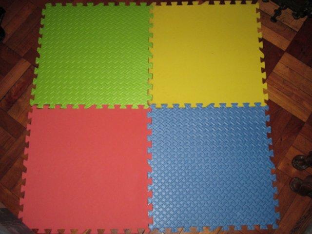 Alfombras infantiles expertos en carpetas y cuadernos for Alfombras de juegos para ninos
